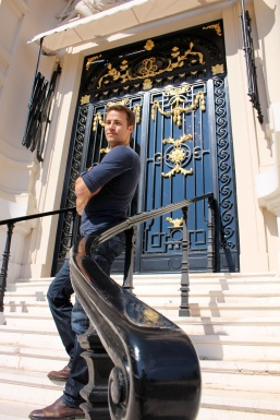 At the Royal entrance of the Opera of Monte-Carlo