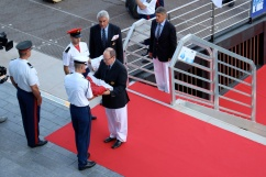 HSH Prince Albert delivering the Yacht club flag (copyright Celina LdL)