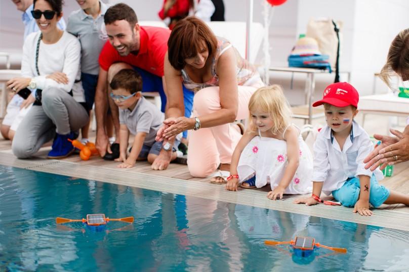 Children mini Solar boats contest@Solar1