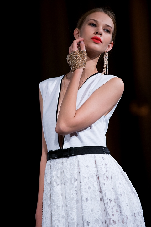 Dress by Elizabeth Wessel and Jewels by Stardust @Blue Parise