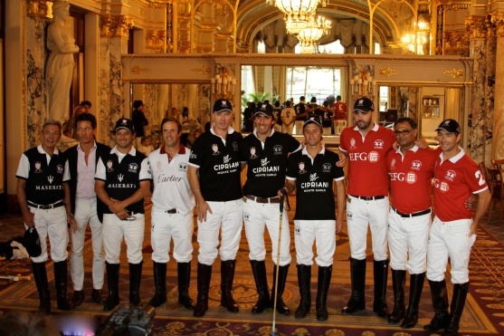 The presentation of the teams at the Salle Empire @CelinaLafuenteDeLavotha2014