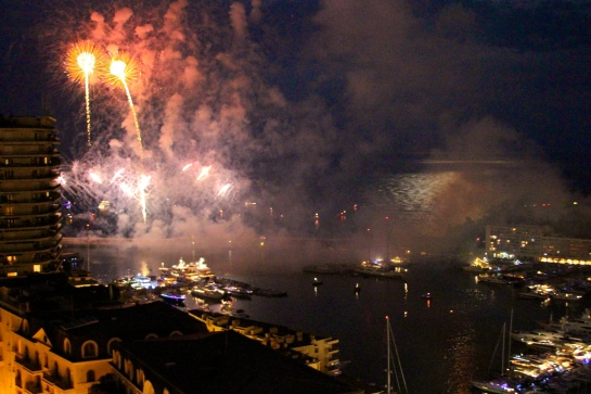 Fireworks illuminated Port Hercules @CelinaLafuenteDeLavotha