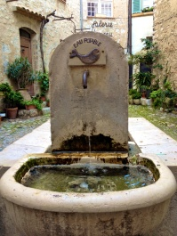 The Fountain in St. Paul de Vence @CelinaLafuenteDeLavotha