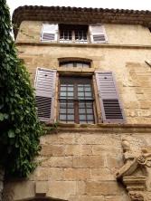 The stucco facade @CelinaLafuenteDeLavotha