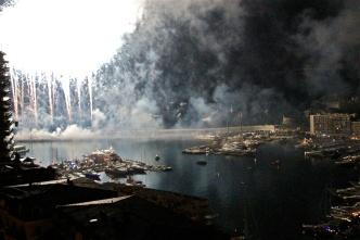 White ball of fire illuminating the port @CelinaLafuenteDeLavotha