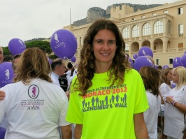 Emily Pastor with the 2012 T-shirt @CelinaLafuenteDeLavotha