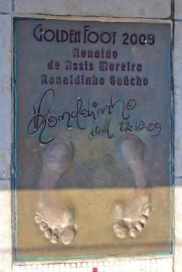 Ronaldinho's footprint @CelinaLafuenteDeLavotha