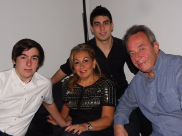 Nicolas Jelmoni (top center) with Alexandre (brother), Caroline (Mother) and Jean-Ppierre (Father)