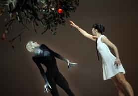 Bernice Coppieters (Death) and Mimoza Koike (Marguerite) @Hans Gerritsen