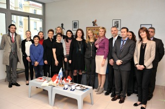 Donors, teaches, students and representatives from AMA surrounding Isabelle Bonnal at Rincon de Borges @Manu Vitali of Monaco Press Center