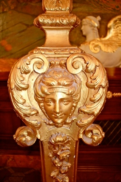 Detail of a gilt wood door flare @CelinaLafuenteDeLavotha