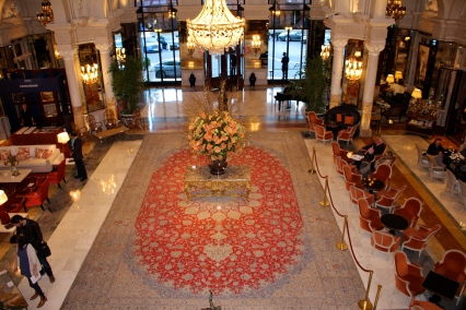 View of the magnificent carpet from upstairs @CelinaLafuenteDeLavotha