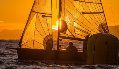 Sunset through the sails - Primo Cup First Weekend @Carlo Borlenghi