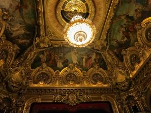 The splendid chandelier in the Opera Garnier in Monte-Carlo @CelinaLafuenteDeLavotha
