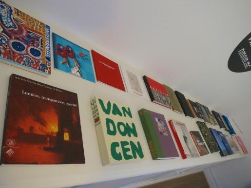 Collection of exhibition catalogues NMNM @CelinaLafuenteDeLavotha