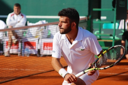 Romain Arneodo cocentrated at the net @CelinaLafuenteDeLavotha