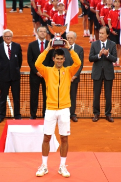 Novak Djokovic lifting the main trophy Apr.19, 2015 @CelinaLafuenteDeLavotha
