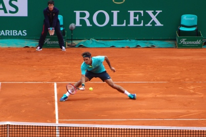 Roger Federer sliding for a low volley - April 15, 2015 @CelinaLafuenteDeLavotha