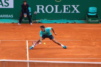 Roger Federer sliding for a low volley - April 15, 2015 @CelinaLafuenteDeLavotha