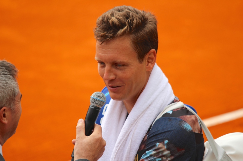 Tomas Berdych being interviewed after his victory over Raonic @CelinaLafuenteDeLavotha