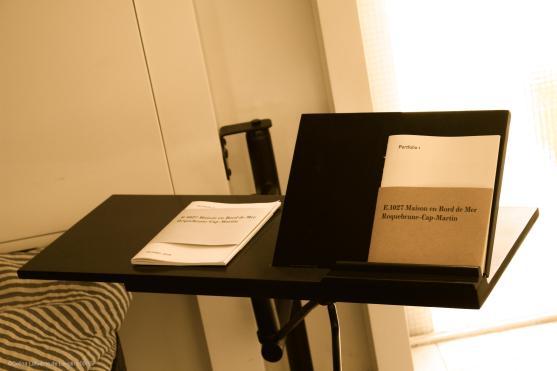 Reading table @CelinaLafuenteDeLavotha 05/15