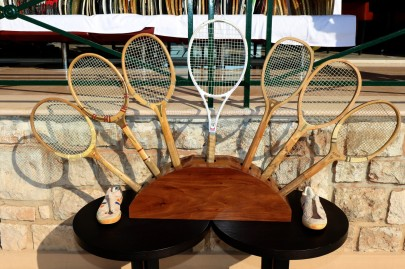 A bouquet of vintage tennis rackets @Erika Tanaka