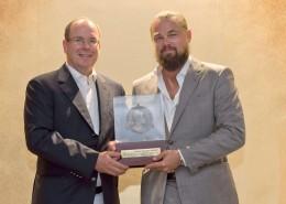 HRH Prince Albert and Leonardo DiCaprio with Grand Medal Albert 1er @M. M. Dagnino[1]