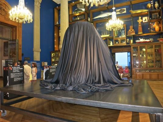 Philippe Pasqua's masterpiece before being unveiled @CelinaLafuentedeLavotha