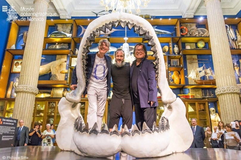 Robert Calcagno, Philippe Pasqua and Victor Hwang inside the Jaw of the Megalodon @MOM