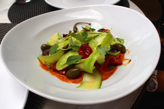 Zucchini tagliatlle with sun dried tomatoes pesto by Naomi's Kitchen @CelinaLafuenteDeLavotha