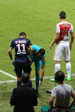 Argentine players Di Maria (PSG) and Carillo (ASM) entering the field @CelinaLafuenteDeLavotha