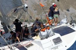 Maxi Esimit Europa 2 young crew at work@carloni