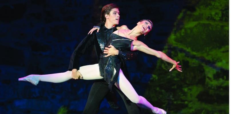 Anna Tikhomirova and Artem Ovcharenko @SBM