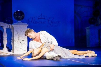 Romeo and Juliet Pas de Deux by Lucien Postlewaite and Noelani Pantastico 2015 Photo credits @Eric Mathon_7823