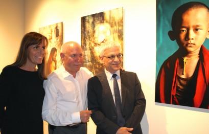 Francoise Gamerdienger, Steve McCurry and Jean-Charles Curau, Director Department of Cultural Affairs of Monaco @CelinaLafuenteDeLavotha Monaco Reporter