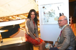 Sandrine Garbagnatti-Knoell with Gianni Ottaviani and one of his works @ArtSGK55jpg