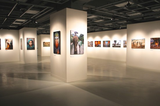 View of some of the 100 photos in the Steve McCurry retrospective @CelinaLafuenteDeLavotha