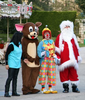 Frankie and friends during Frankie's Christmas @CelinaLafuenteDeLavotha