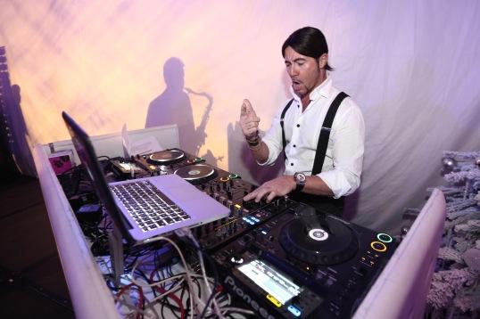 Andrea T Mendoza DJ resident Billionaire @laurentcia