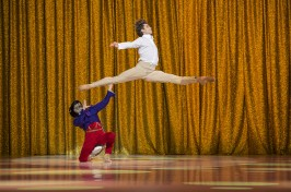 Artem Ovcharenko, star dancer of Bolchoi Theater as the Prince in Nutcracker Company @Alice Blangero