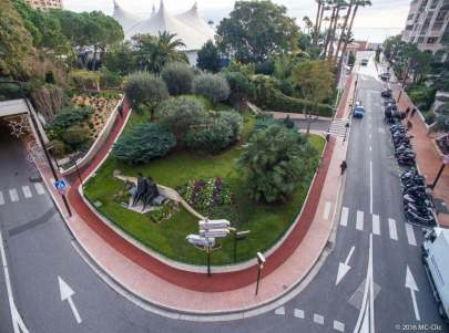 Jogging track in the Princess Grace Rose Garden in Fontvieille @MC Clic