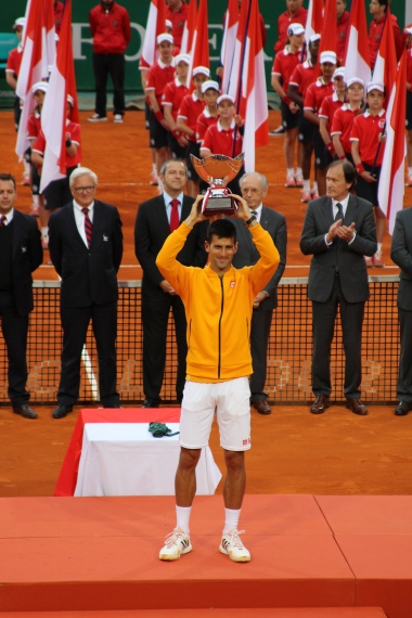 Novak Djokovic lifting the trophy at the MCRM 2015 @CelinaLafuenteDeLavotha
