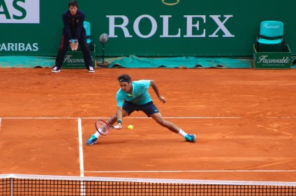 Roger Federer sliding on the clay at the MCRM 2015 @CelinaLafuenteDeLavotha