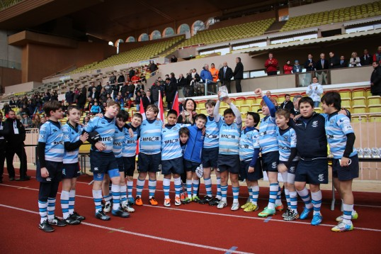 The Mirano Recco Italian Junior Rugby team with Mme Isabelle Bonal (National Education Direction) @CelinaLafuenteDeLavotha