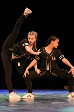 NFL Dance competitors (5) @MAD