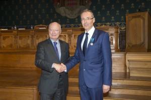 Robert Calcagno received the medal of Maritime Merit from HE Hadelin de la Tour du Pin @M.Dagnino