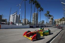 Di Grassi racing on Long Beach @P1 Media Relations ABT Schaeffler Audi Sport