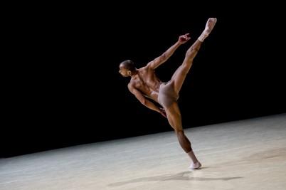 Gods and Dogs by Jiri Kylilan Imprevus.2 April 7, 2016 Ballets de Monte-Carlo (2)@Alice Blangero