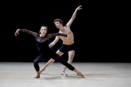 Gods and Dogs by Jiri Kylilan Imprevus.2 April 7, 2016 Ballets de Monte-Carlo (6)@Alice Blangero