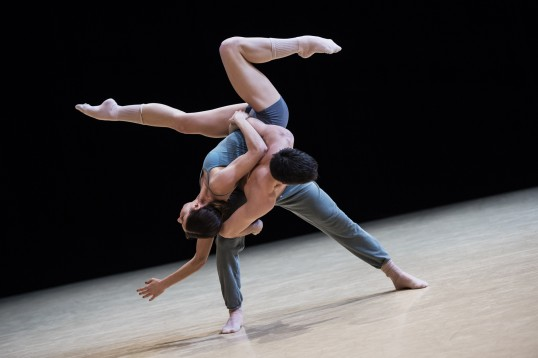Gods and Dogs by Jiri Kylilan Imprevus.2 April 7, 2016 Ballets de Monte-Carlo (8)@Alice Blangero